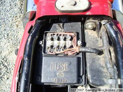 xj650 blog Yamaha XJ650 OEM Fusebox